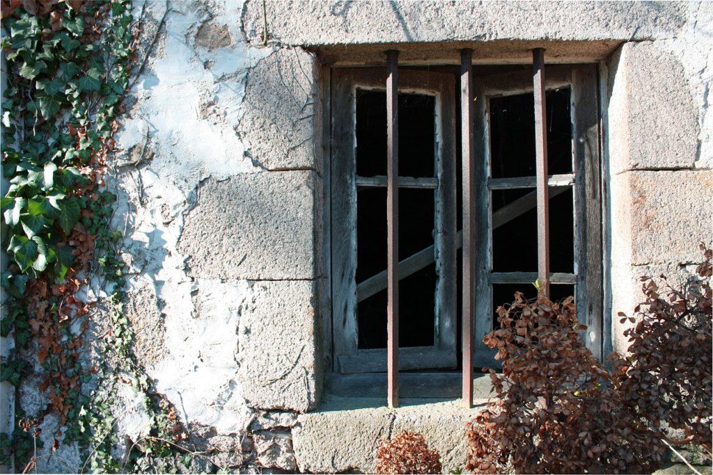 Tapezieren Fenster Offen Oder Zu